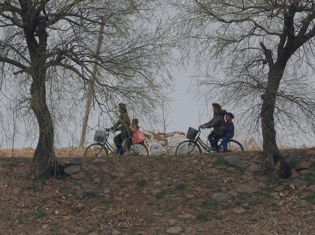 Potret Kesederhanaan Perbatasan Korea Utara
