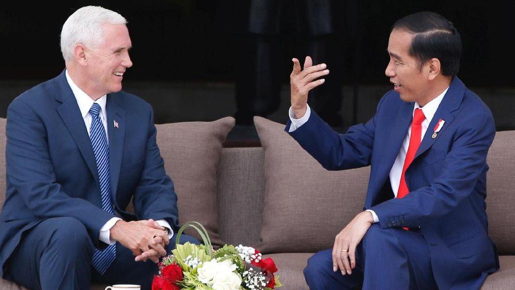 Jokowi dan Mike Pence Minum Teh Bersama