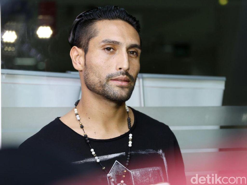Gaston Sudah Tengok Julia Perez, Bagaimana dengan Damien Perez?