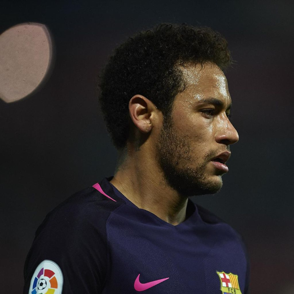 Sergi Roberto: Neymar Sangat Bahagia Kok di Barca
