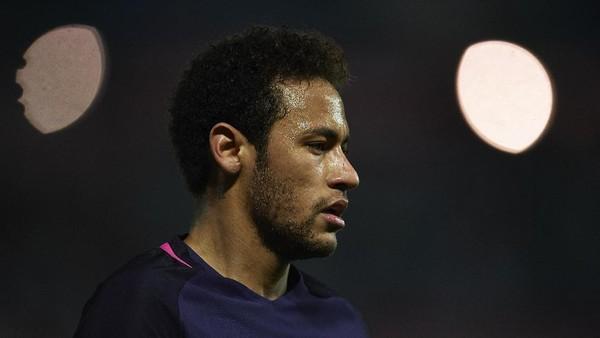 Kepergian Neymar Sama Hebohnya seperti Saat Figo ke Madrid