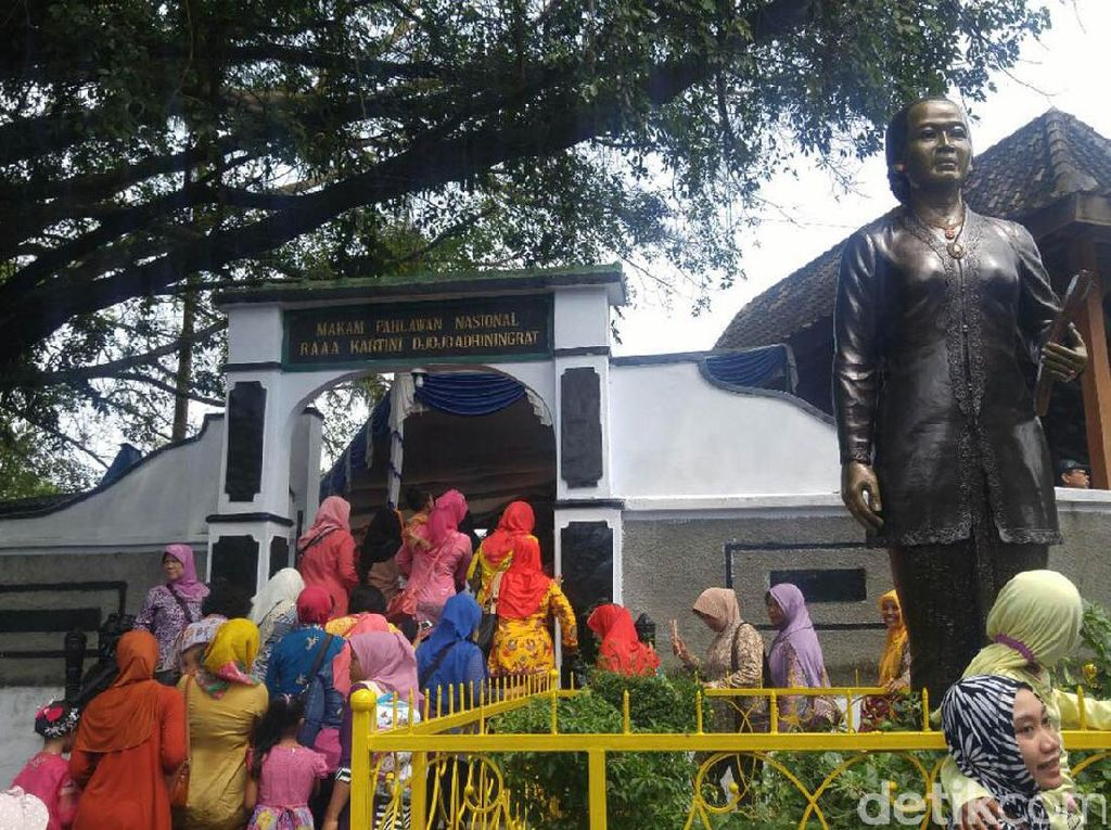 Mari Berziarah ke Makam Pejuang Emansipasi Wanita, RA Kartini