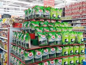 Transmart Carrefour Tawarkan Beras Harga Spesial di Akhir Pekan