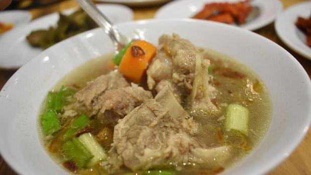 Sup hangat bisa membantu redakan flu.