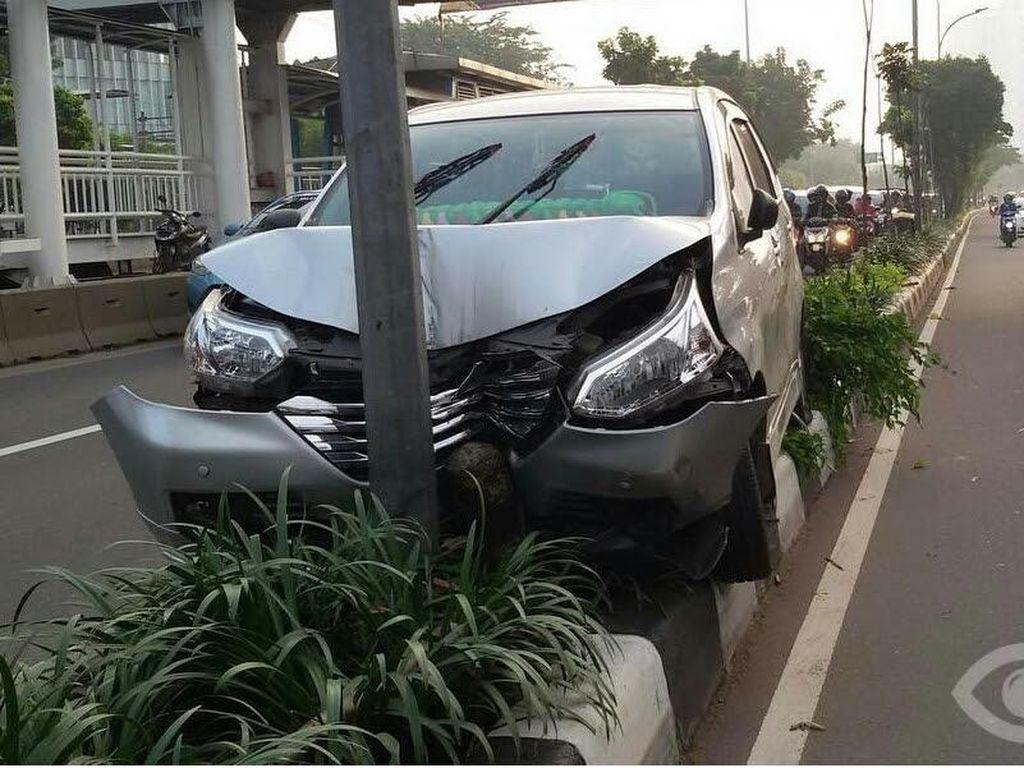 Seberapa Cepat Ajuan Klaim Asuransi Mobil Ditangani?