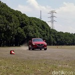 Uji Crossover Mazda CX-3