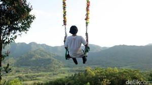Nikmati Long Weekend dengan Berfoto di Punthuk Setumbu
