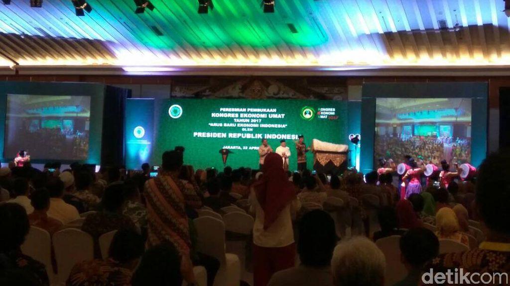 Buka Kongres Ekonomi Umat, Jokowi: Kesenjangan di RI Makin Turun