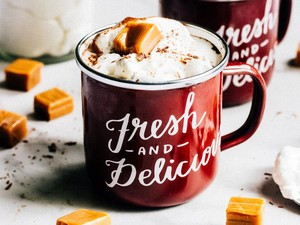 Saat Cuaca Dingin, Bikin Saja <i>Salted Caramel Hot Chocolate</i> yang Enak