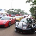 Komunitas Supercar Pecahkan Rekor Mobil Terpanjang