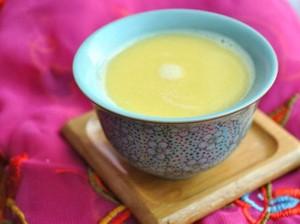 Hangatkan Tubuh dengan Suutei Tsai, Teh Susu Mongolia yang Gurih