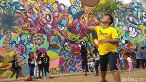 Komunitas Aerobik Embun Pagi Ajak Warga Jakarta Aktif Bergerak