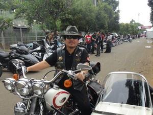 Sebelum Touring, Bambang Gondrong Jual Satu Motor Harley Miliknya