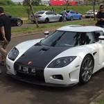 Salah Satu Mobil Termahal di Dunia Mejeng di Jalanan Jakarta