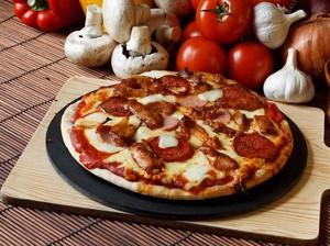 <i>Buffalo Wing Pizza</i>, Pizza yang Populer untuk Induksi Saat Proses Melahirkan