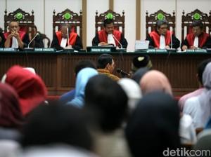 Hakim akan Putuskan Nasib Ahok 9 Mei