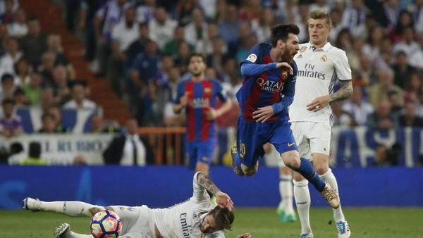 Capello: Tekel Ramos pada Messi itu Kriminal