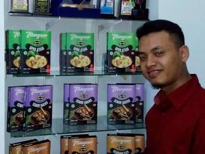 Bisnis Rendang Hingga Opor Ayam, Pria Ini Raup Omzet Rp 4 Juta/Hari