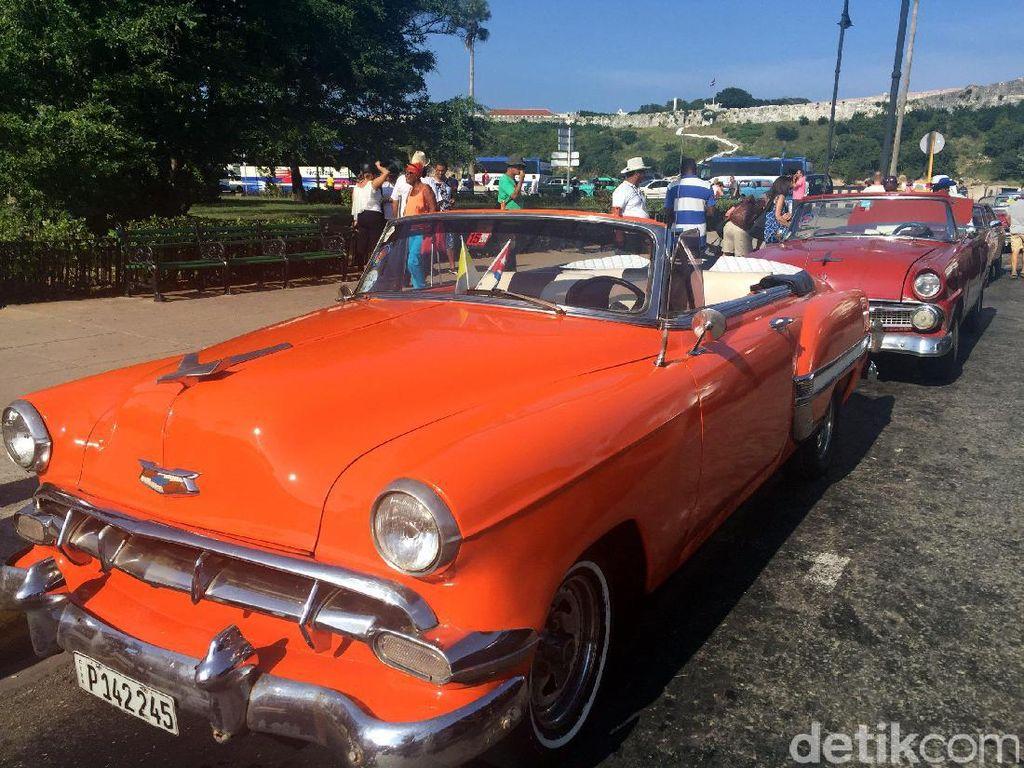 Cara Mobil Klasik Bertahan di Jalanan Kuba, Ganti Mesin sampai Rombak Interior