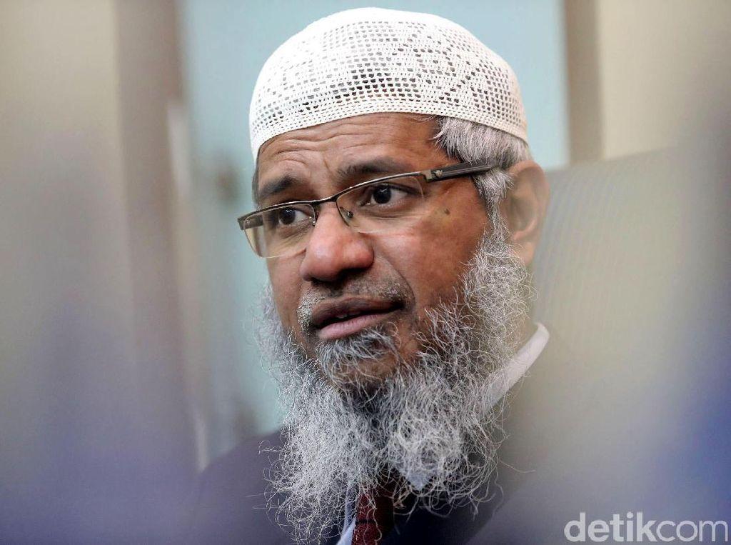 Masih Dilarang Ceramah, Zakir Naik Boleh Ikut Salat Berjemaah di Melaka
