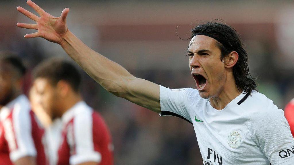 PSG Perpanjang Kontrak Cavani