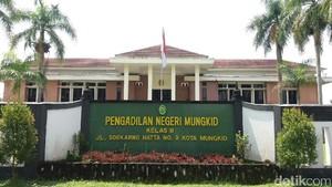 SMA Taruna Nusantara Terus Pantau Jalannya Persidangan