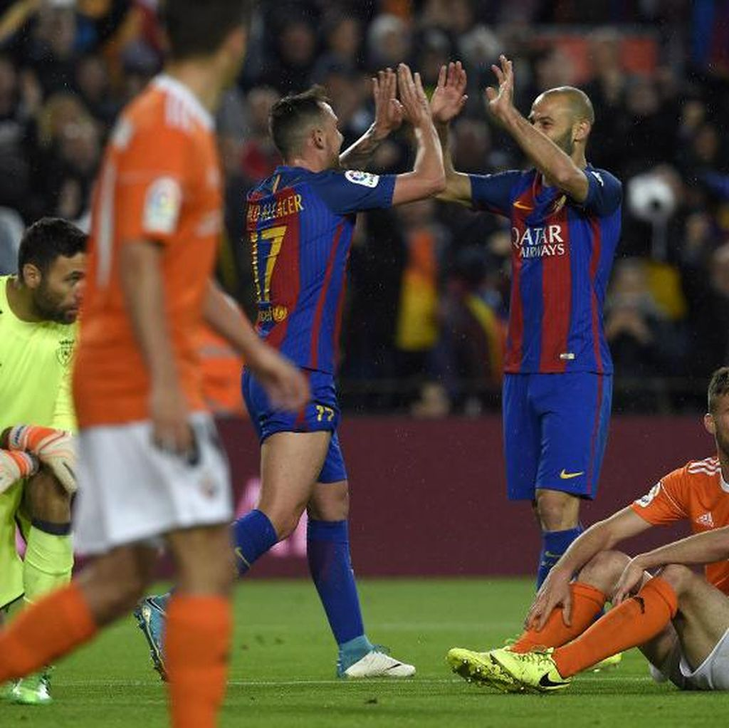 Meme Lucu Gol Mascherano: Dapat <i>Ballon dOr</i>, Sampai Selebrasi <i>a la</i> Messi