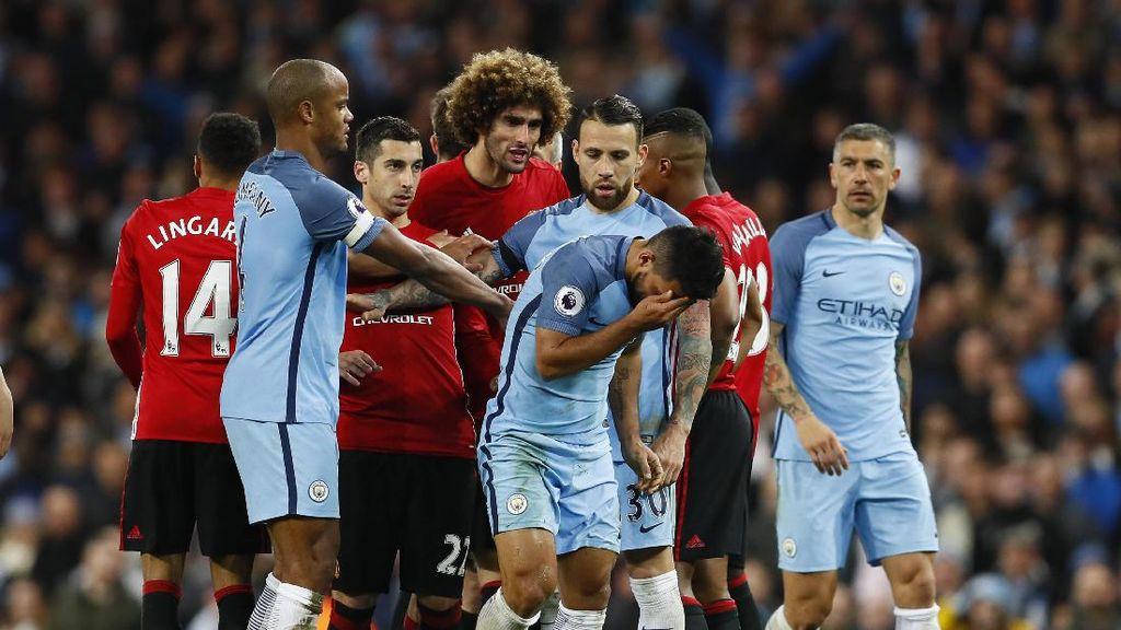 Soal Kartu Merah Fellaini, Mourinho: Aguero Memang Cerdik dan Berpengalaman