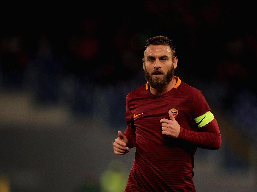 De Rossi: Napoli Layak Meraih Scudetto, tapi Juve Tetap Favorit