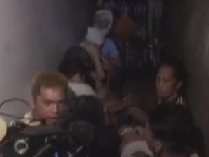 Polisi Filipina Menahan Orang di Dalam Ruang Rahasia