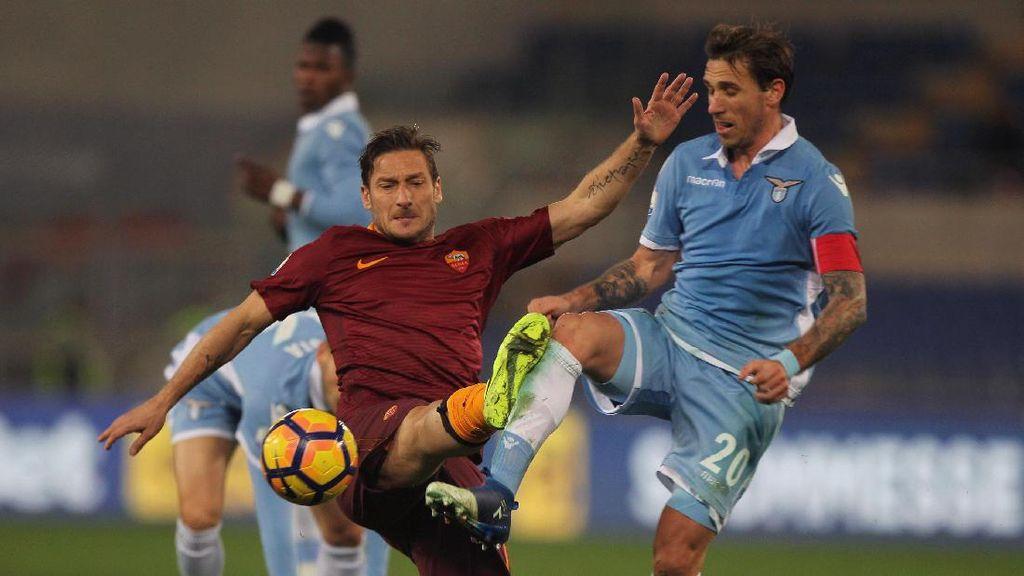 Psywar Peruzzi vs Totti Jelang Derby della Capitale