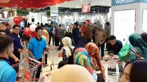 Bandung Punya Tempat Belanja Baru: Transmart Carrefour Buah Batu