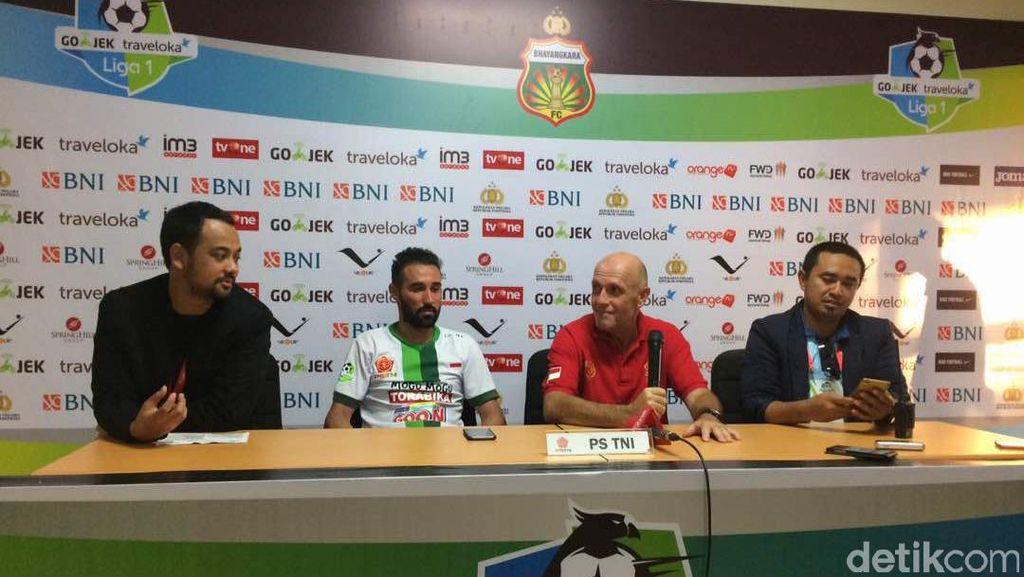 Senang Dapat Tiga Poin, Pelatih PS TNI Sesalkan Kartu Merah Dua Pemainnya