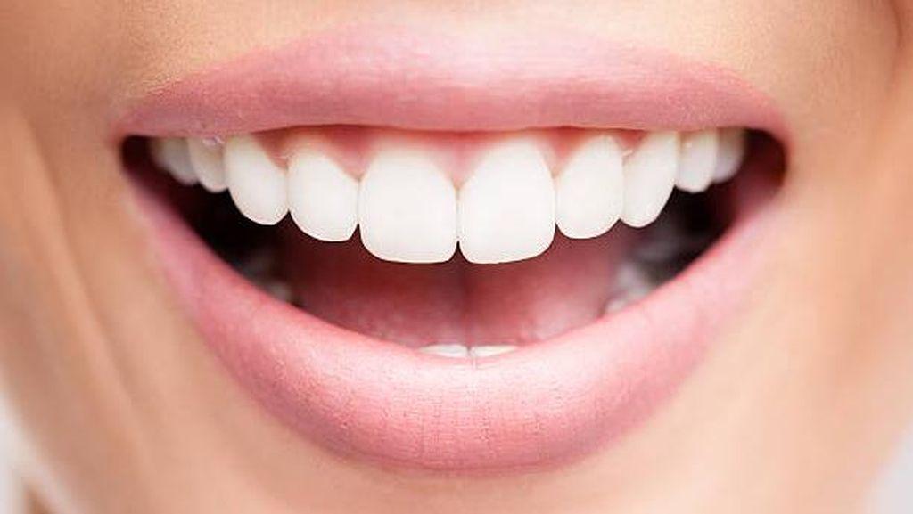 10 Cara Sederhana untuk Dapatkan Bibir Sehat Merekah