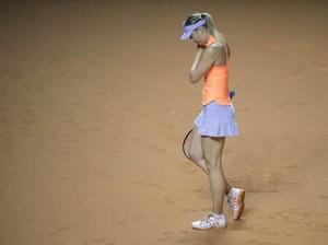 Aksi <i>Comeback</i> Sharapova Dihentikan Mladenovic