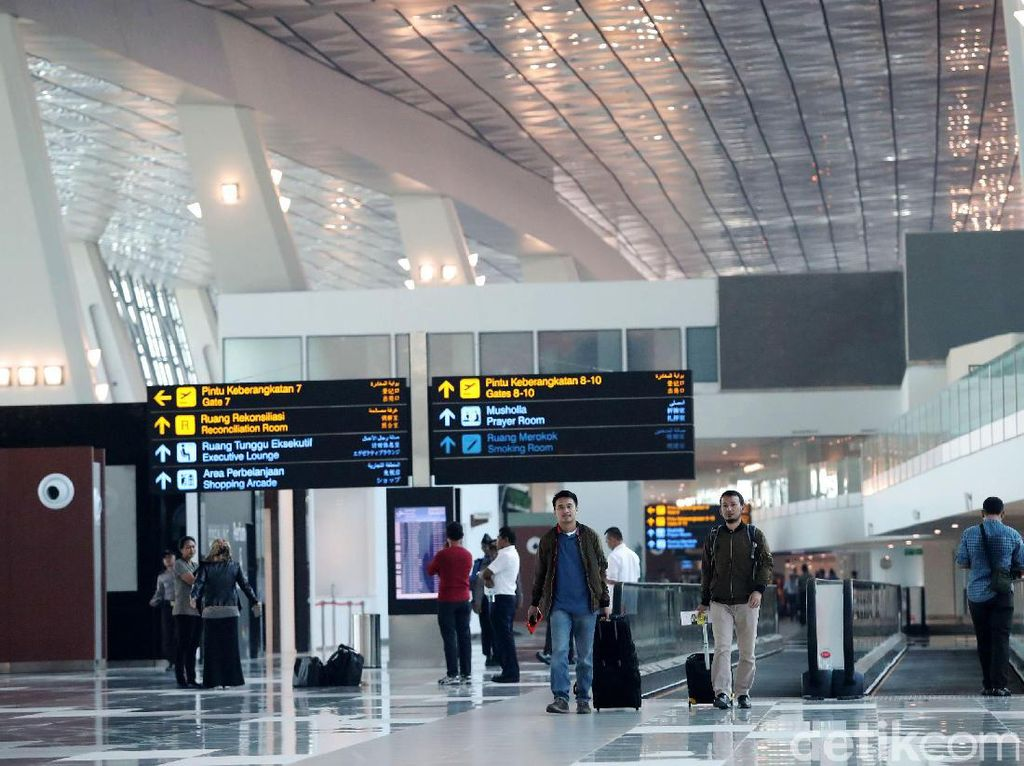 Segini Biaya Rapid Antigen-PCR di Bandara Soetta