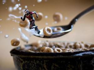 Toy Photography: Seru-seruan Berfoto Mainan