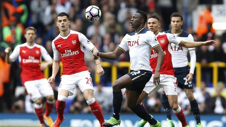 Spurs Menangi Derby London Utara