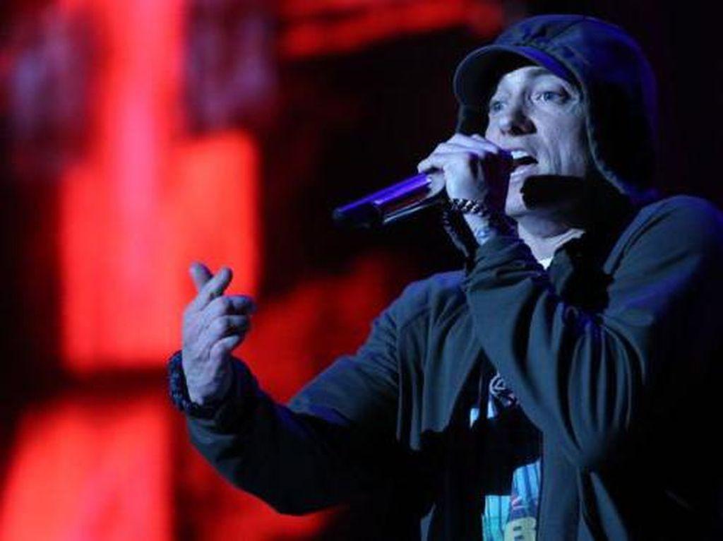 Disepelekan, Eminem Hajar Haters Lewat Lirik Pedas Chloraseptic