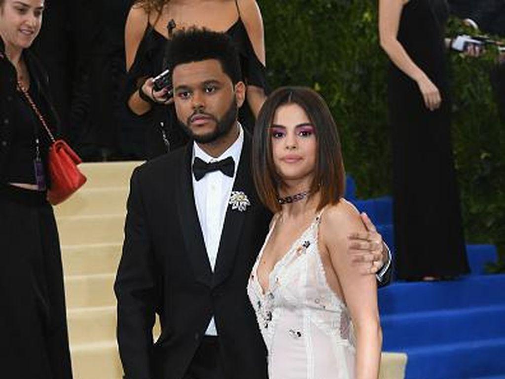 Selena Gomez dan The Weeknd Putus Bukan karena Justin Bieber
