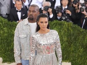 Biaya Total yang Harus Dikeluarkan Kim Kardashian untuk Sewa Rahim