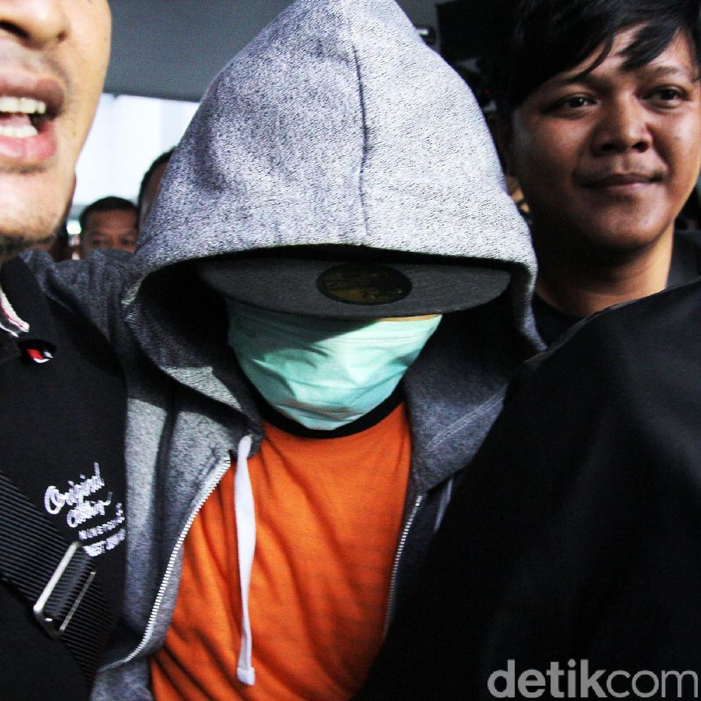 Tangis Iwa K karena Menyesal Terjerat Narkoba