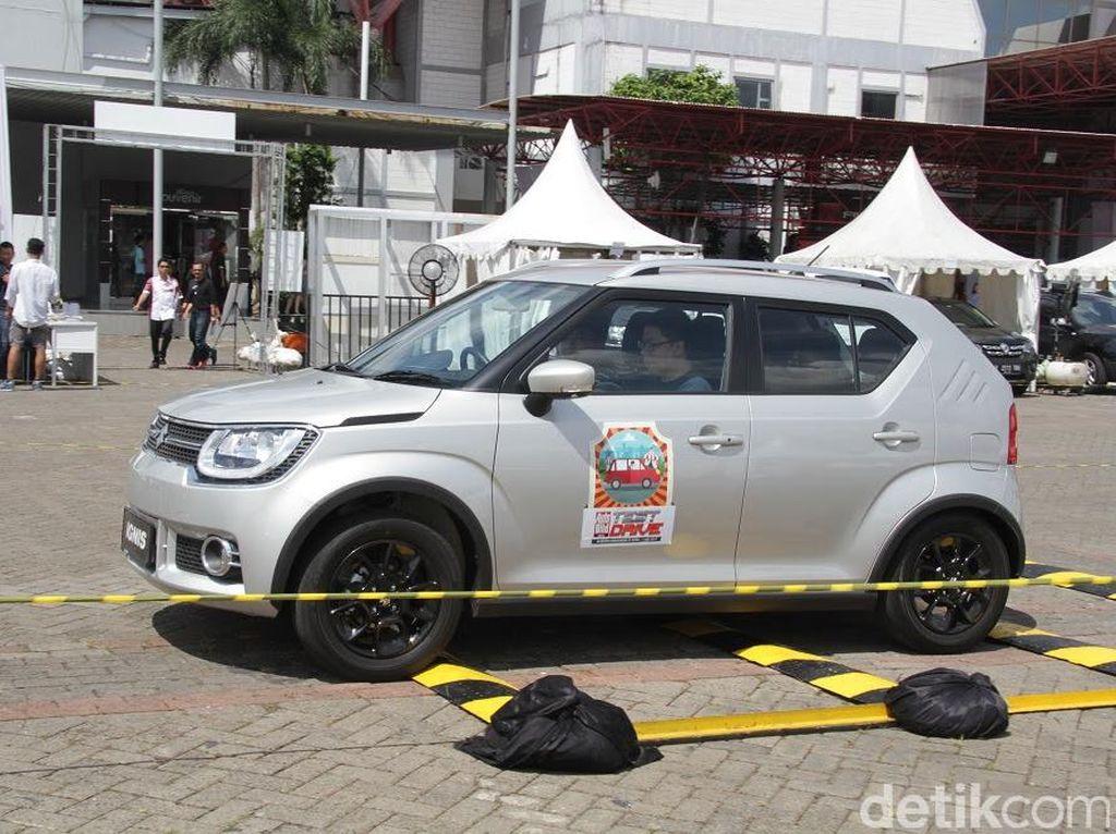 Mobil dan Motor Baru Jadi Favorit Test Drive