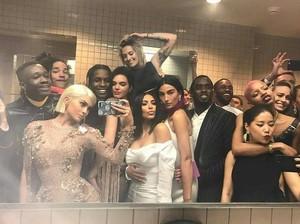 Keseruan Met Gala 2017 yang Diunggah Para Seleb