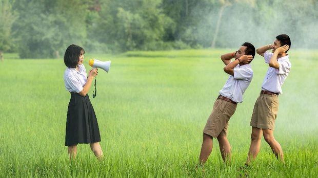 5 Cara Memotivasi Teman supaya Nggak Hobi Ngaret