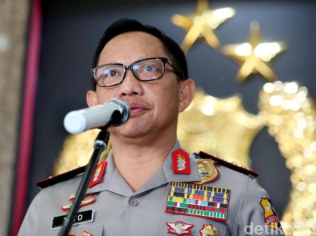Di Depan Jokowi, Kapolri: Kepercayaan Publik Naik ke Papan Tengah