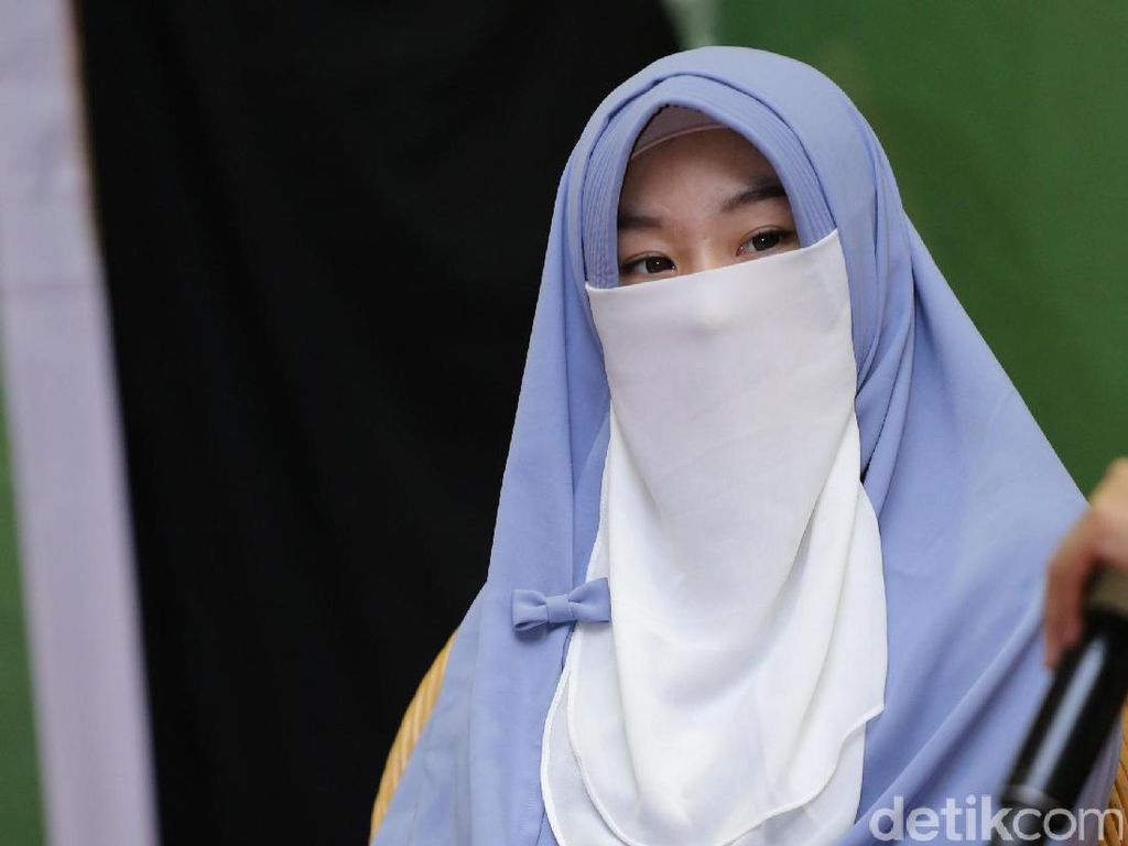 Awas! Larissa Chou Peringatkan Netizen yang Rasis, Tak Segan Blokir