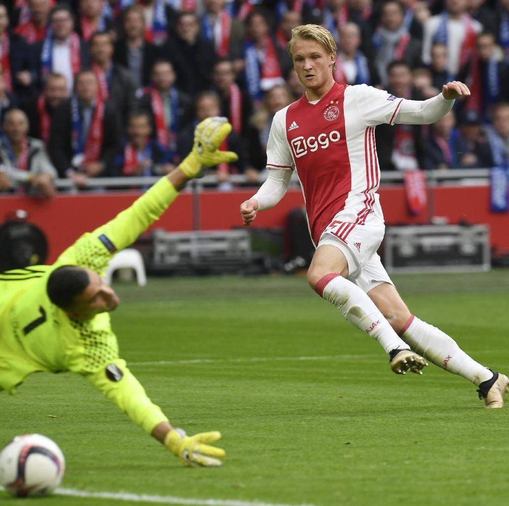 Dolberg Sebut-Sebut Madrid, Milan, dan Schalke, tapi...