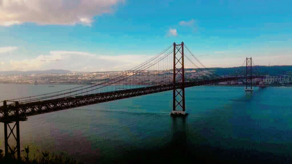 Jembatan Golden Gate Ala Portugal