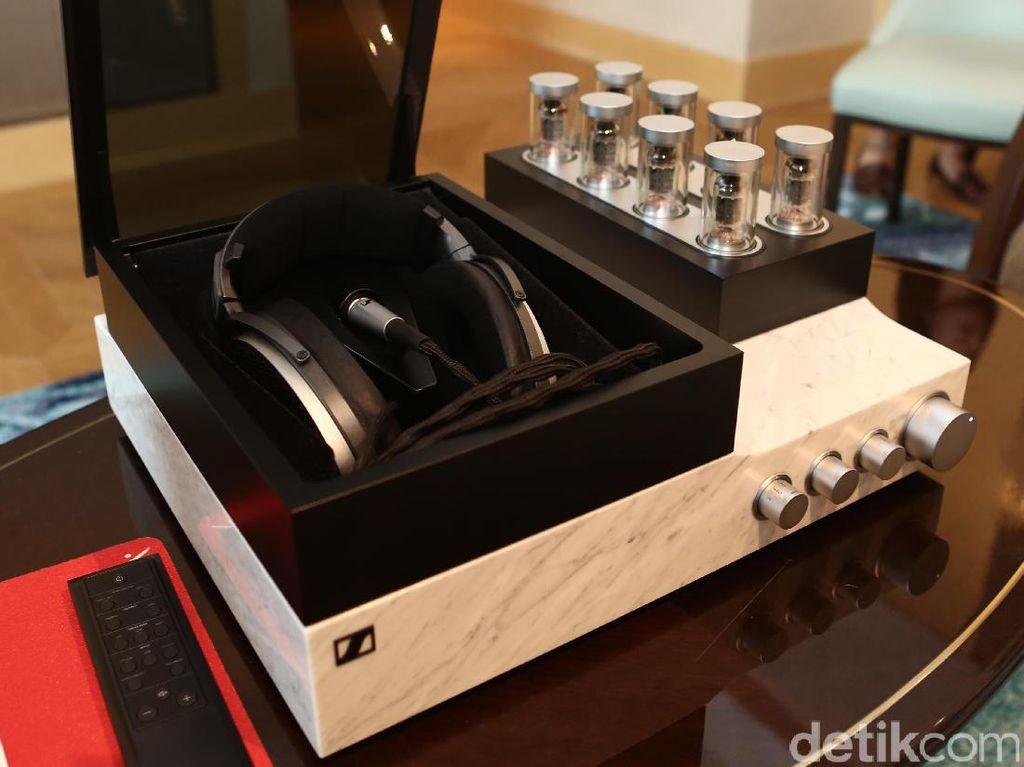 Sennheiser Boyong Headphone Seharga Rp 792 Juta!